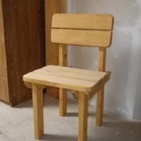 dřevěná židle smrk