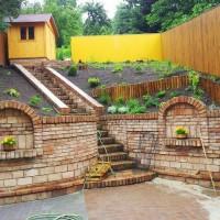 terénní úpravy, terasy, opětné zdi