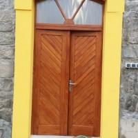 dubové dveře, vrata